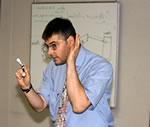Unsere Dozenten haben immer ein offenes Ohr für Ihre Fragen